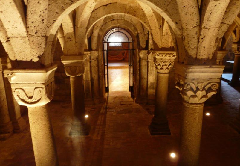 cripta-del-santo-sepolcro-acquapendente-terre-d-aquesia